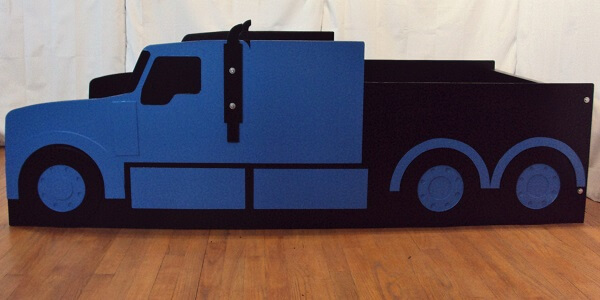 side view semi truck bed