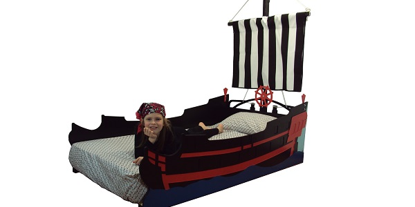 twin pirate ship bed
