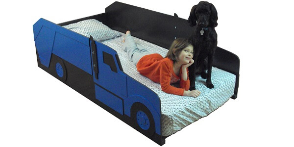 blue garbage truck bed